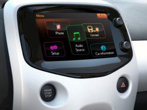 peugeot-108-2015-menu-principal-pantalla-tactil