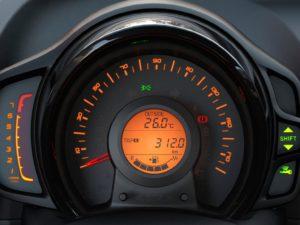 peugeot-108-2015-velocimetro-cuadro-instrumentos