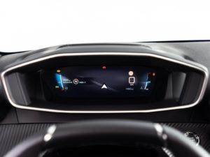 Peugeot 208 2019 pantalla conductor GPS 3D