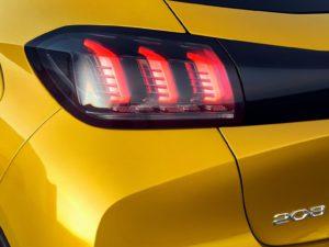Peugeot 208 2019 piloto trasero garras leon