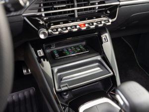 Peugeot 208 2019 recarga inalambrica movil