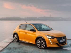 Peugeot 208 2020 dandole el sol