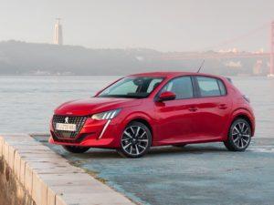 Peugeot 208 2020 lateral izquierdo