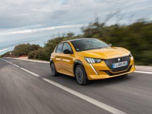 Peugeot 208 2020 vista gopro amarillo