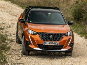 Peugeot 2008 2020 offroad camino de tierra