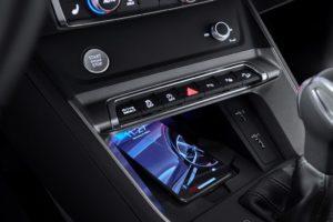 Audi Q3 Sportback 2019 cargador inalambrico induccion