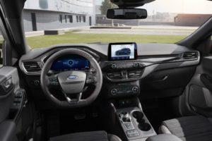 Ford Kuga 2020 interior doble pantalla