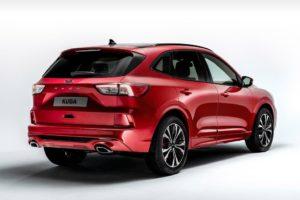 Ford Kuga 2020 por detras fondo blanco