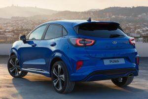 Ford Puma 2020 puesta de sol vista por detras
