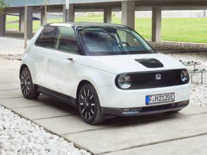 Honda e 2020 blanco y negro