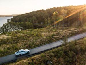 Porsche-Taycan-fondo-de-pantalla-puesta-de-sol