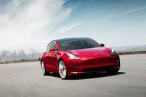 Tesla Model 3 vista frontal