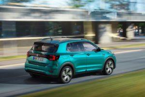Volkswagen T-Cross 2019 a toda velocidad