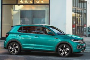 Volkswagen T-Cross 2019 aparcado en madrid
