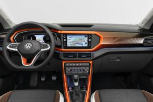 Volkswagen T-Cross 2019 interior naranja