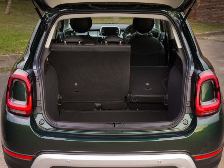 Fiat 500X 2019 maletero
