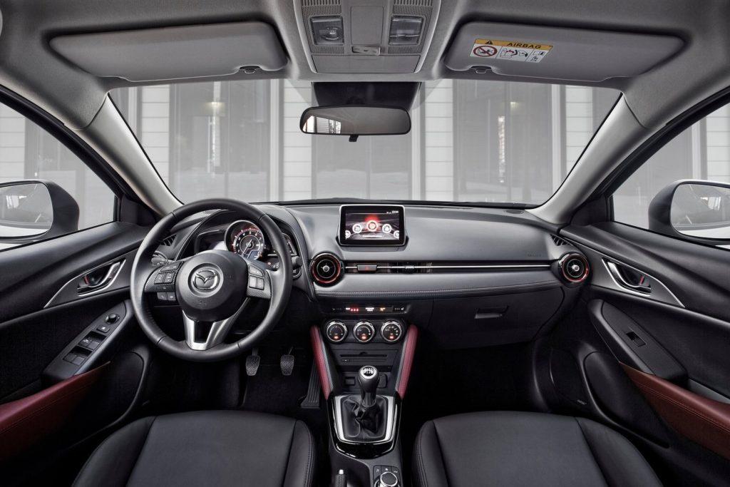 Interior Mazda CX-3 2016