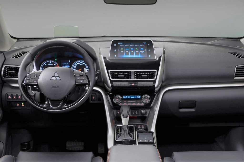 Interior Mitsubishi Eclipse Cross 2018