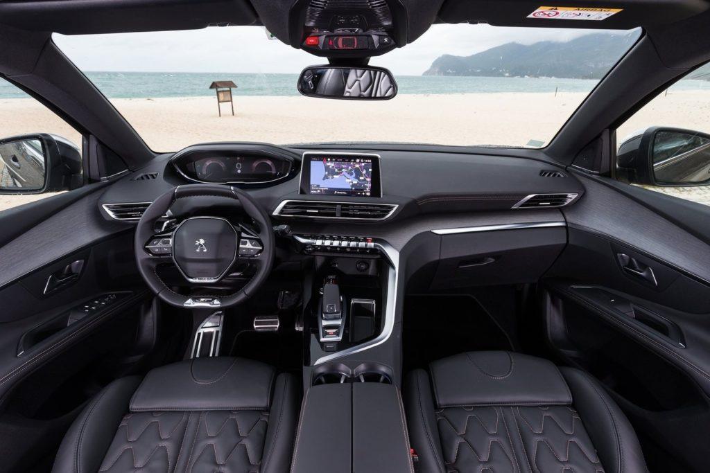 Interior Peugeot 5008 2017