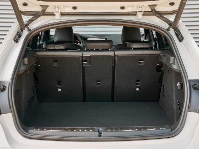 Maletero BMW serie 1 2020