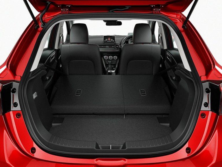 Maletero Mazda 2 2015