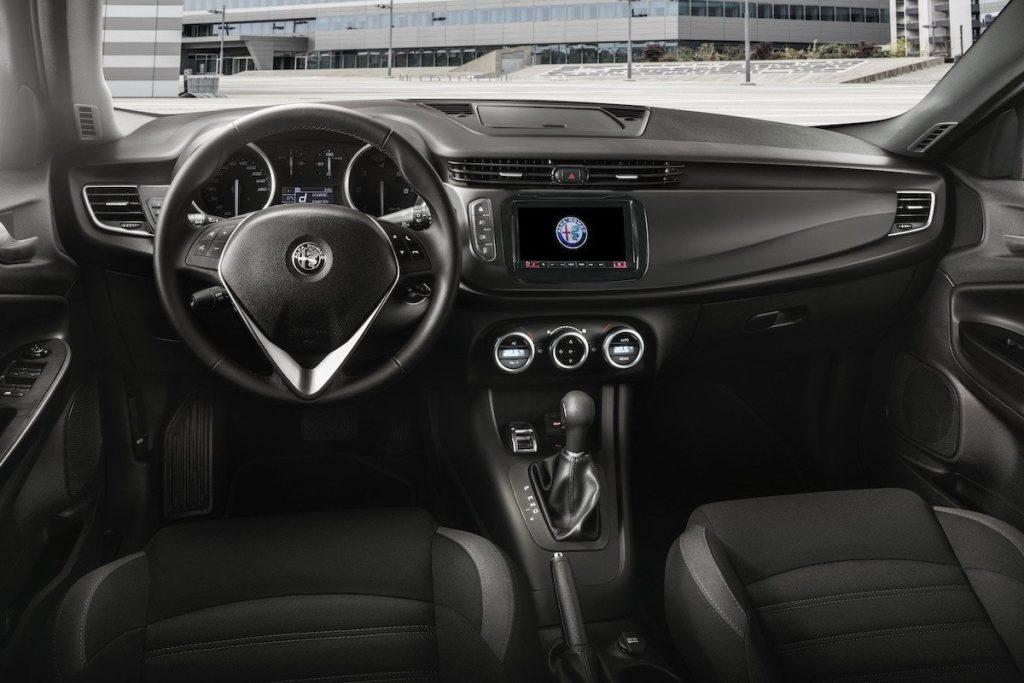 Interior Alfa Romeo 2016
