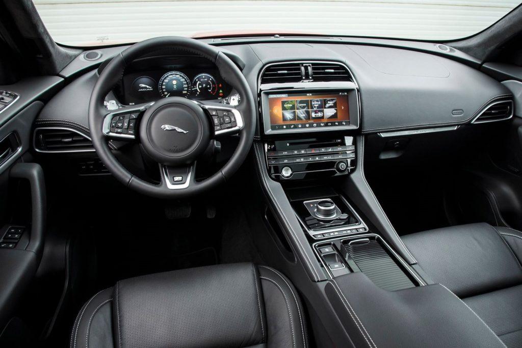 Interior Jaguar F-Pace 2017