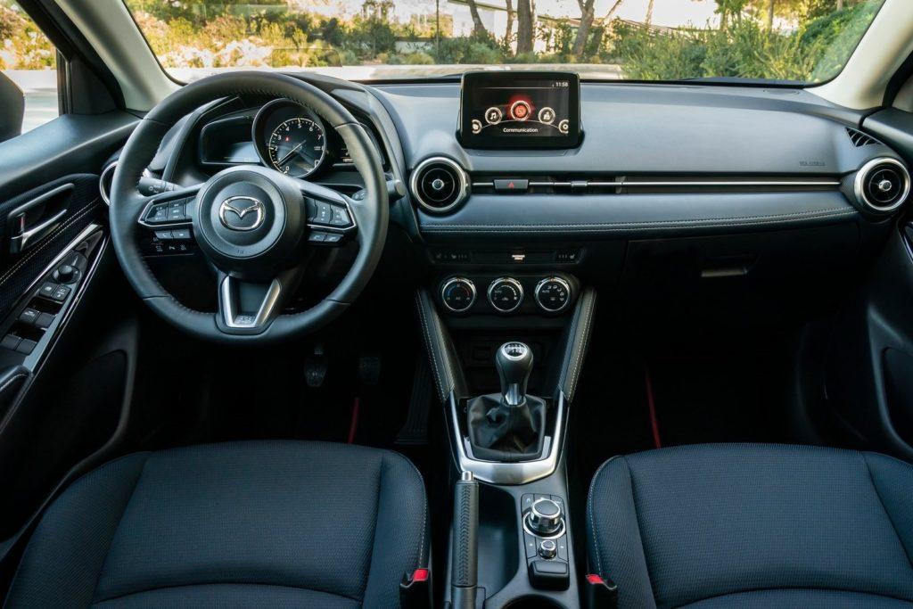 Interior Mazda 2 2020