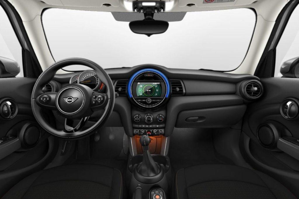 Interior Mini 5 puertas 2018