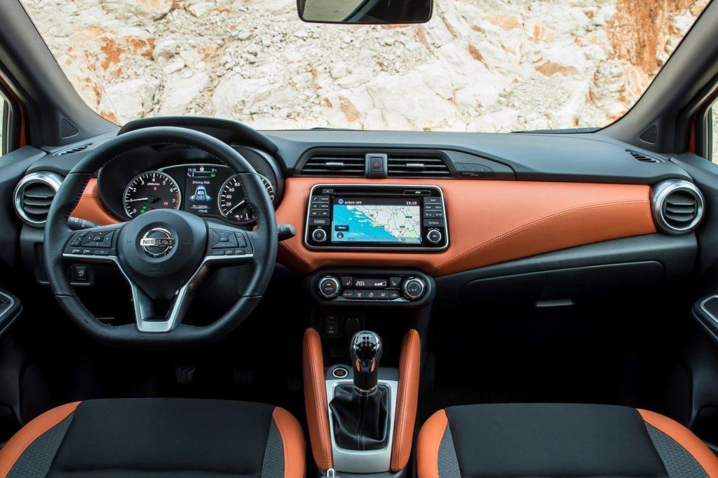 Interior Nissan Micra 2017