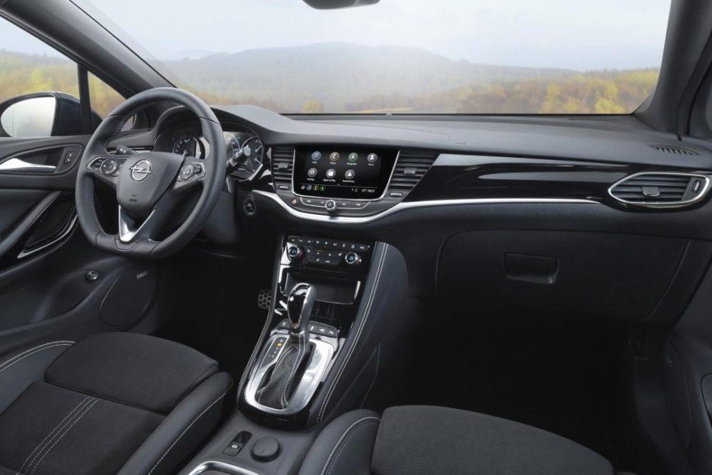 Interior Opel Astra 2020