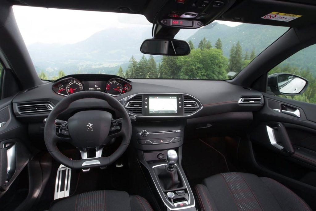 Interior Peugeot 308 2017