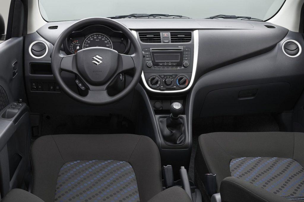 Interior Suzuki Celerio 2015