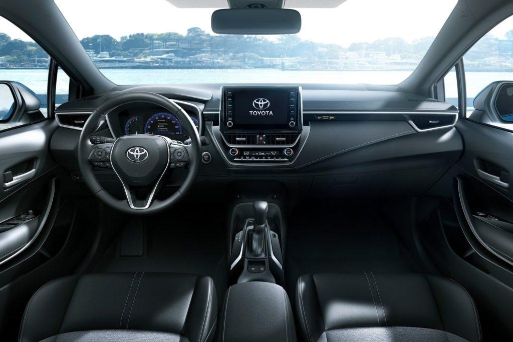 Interior Toyota Corolla 2019
