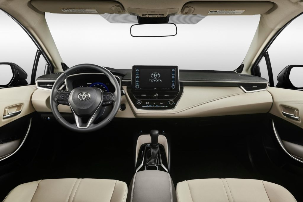 Interior Toyota Corolla sedan 2019