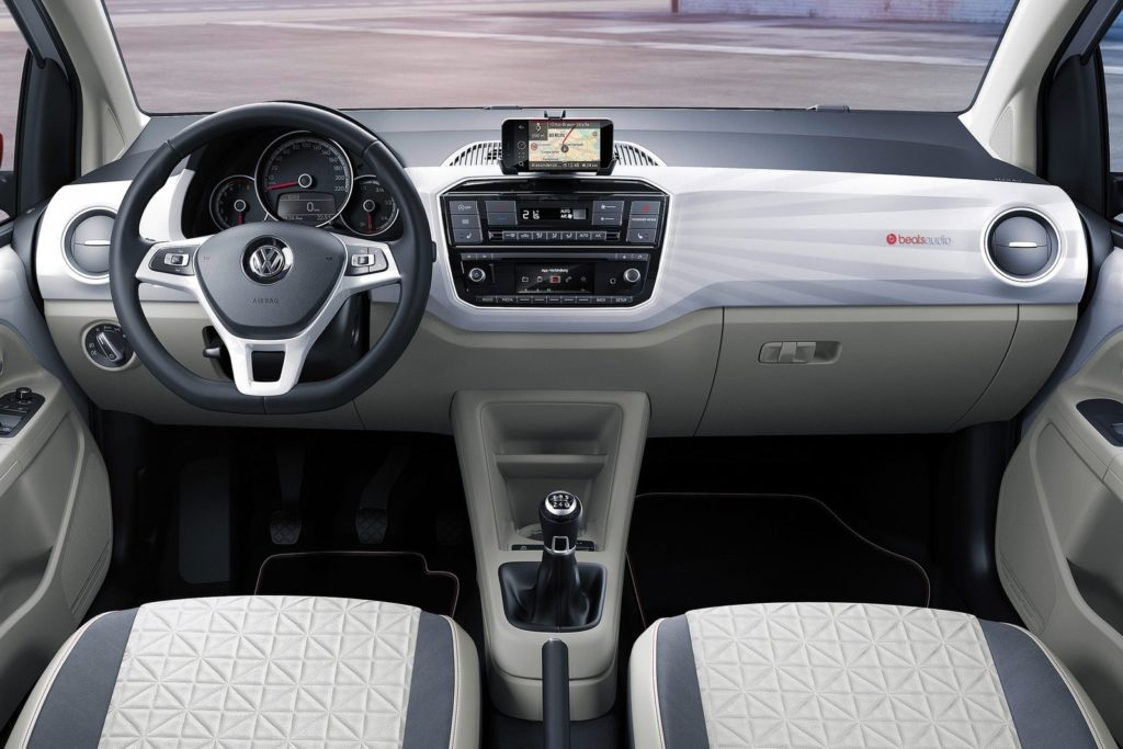 Interior Volkswagen UP 2016
