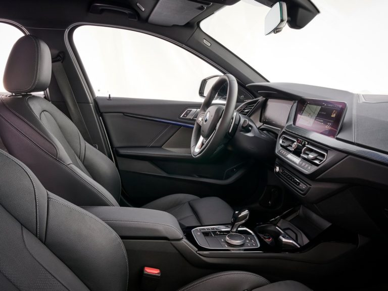 Plazas delanteras BMW serie 1 2020