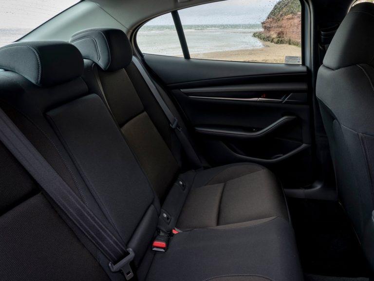 Plazas traseras Mazda 3 sedan 2019