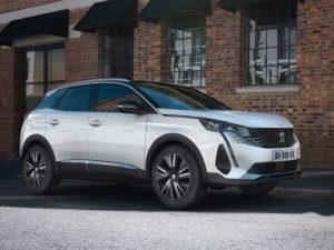 Peugeot 3008 2021 blanco nacarado de lado