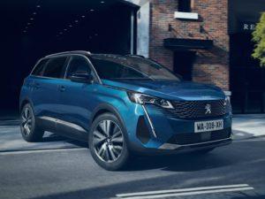Peugeot 5008 GT azul celebes 2021