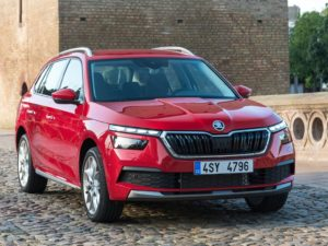 Skoda Kamiq 2019 color rojo frontal
