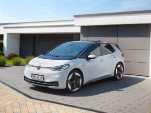 Volkswagen ID.3 de color blanco 2020