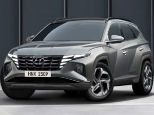 Hyundai Tucson 2021 color acero parte frontal lateral